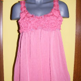 Bluza superba cu trandafiri-roz, la superpret! - Bluza dama