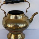 Metal/Fonta - Ceainic din alama cu miner din lemn