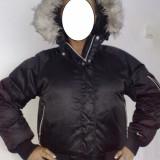 Geaca dama Nike, Negru, Satin - Geaca Jacheta iarna dama NIKE originala - material satinat lucios si blanita - model superb