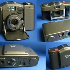 Copie Minox 35 fabricat in Rusia, Kiev 35A - Aparat Foto cu Film Kiev, RF (Rangefinder), Mic