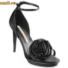 Superbe ! Sandale negre saten Buffalo (9900-380 SATIM BLACK) REDUCERE EXCEPTIONALA DE PRET - Sandale dama Buffalo, Marime: 36, 39, 40, 41, Culoare: Negru, Negru