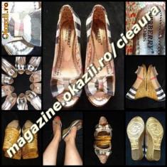 PANTOFI DECUPATI DAMA GEN FIRMA BURBERRY PANZA PLATFORMA TALPA ORTOPEDICA - Sandale dama Burberry, Marime: 37, Culoare: Din imagine, Textil