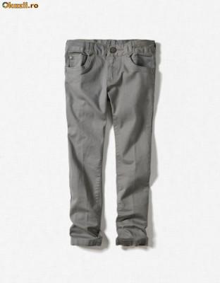 ZARA pantaloni blugi 2/3 ani, pe rosu si pe gri si 5/6 ani pe crem foto