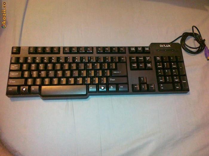 Tastatura Delux PS2 foto mare