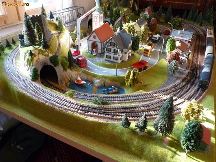 Macheta feroviara cu trenulete pe scara HO foto mare