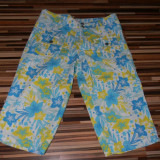 Pantaloni dama, Trei-sferturi, Crem - Pantaloni 3/4 inflorati
