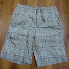 Pantaloni Scurti NIKE - Bermude barbati Luca, S, Auriu, Microfibra