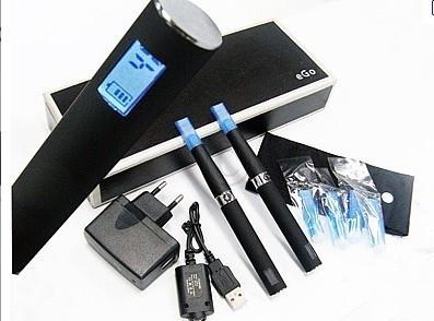 NOU 2012! MEGA SET 2 TIGARI ELECTRONICE EGO T CU AFISAJ LCD+MULTIPLE ACCESORII INCLUSE! PROMOTIE! foto mare