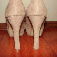 Pantofi toc inalt si gros nude imitatie piele intoarsa - Pantof dama, Marime: 40, Crem