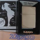 ZIPPO 1935 REPLICA - Bricheta Zippo, De buzunar