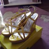 Sandale cu platforma, noi, marimea 38, comode, superbe!!! - Sandale dama, Culoare: Albastru, Galben