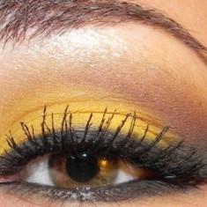 Machiaj mirese, machiaj ocazii speciale - Tus ochi Mac Cosmetics