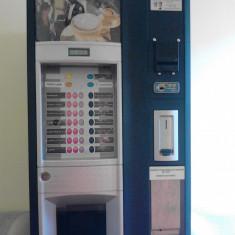 Espressor automat Saeco, Cafea boabe, 2 l - Vand doua aparate saeco 500 cu cititor de bancnote. sunt revizionate si functioneaza perfect