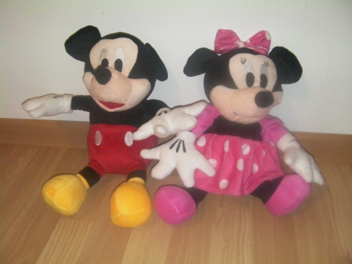 Set Mickey Mouse si Minnie Mouse mascote plus 42 cm foto mare