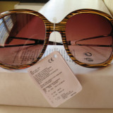 Vand ochelari de soare