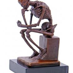 Sculptura - SKELETON- STATUETA DIN BRONZ PE SOCUL DIN MARMURA