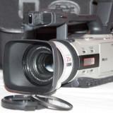 Vand camera video semiprofesionala CANON XM2 in stare foarte buna, nota 10/10 cu multiple accesorii, - Camera Video Canon, Mini DV, CCD, 10-20x, Sub 2 inch