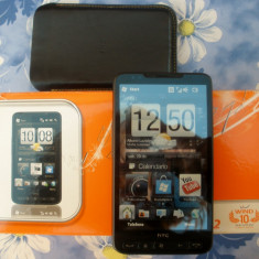 Telefon HTC, Neblocat - Vand HTC hd2 impecabil.