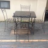 Masa cu 4 scaune din fier forjat si blat din lemn(stejar/fag)