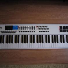 Clapa MIDI M-Audio Axiom Pro 61 - Orga Altele