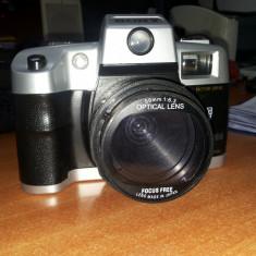 Aparat Foto cu Film Sony, SLR, Mediu - VAND APARAT SONY DL2000A CU FILM, PROFESIONAL