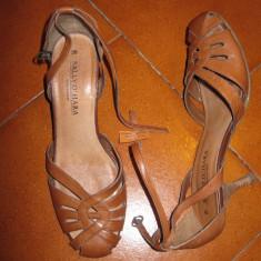 Pantofi din piele, maro, de vara, cu catarame si toc subtire masura 38 - Mocasini dama Esprit