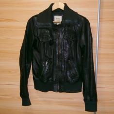 Geaca dama, Negru, Piele - Geaca de piele naturala mareca Bershka Leather, marimea L