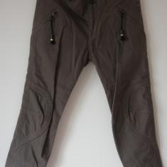Pantaloni/blugi Diesel, originali 100%, marimea 27, bumbac 100%, noi cu eticheta, maro - Blugi dama
