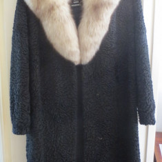 Haina blana naturala astrahan caracul, neagra, produs marca MOLDA - Palton dama, 46, Negru
