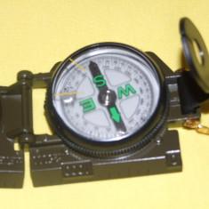 BUSOLA din metal, precisa, calitate deosebita pentru aplicatii militare, navigatie, vanatoare, etc