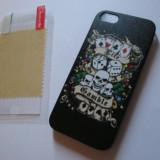 Husa pentru iPhone 5 tema POKER +folie cadou - Husa Telefon Apple