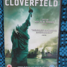 CLOVERFIELD - film DVD (original din ANGLIA, in stare impecabila!!!) - Film SF, Engleza