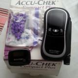 Glucometru Accu Ceck Compact Plus - 79 lei