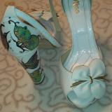 Sandale dama, piele int+ext, albe, pictate manual, toc gros, Marime: 39, Piele naturala