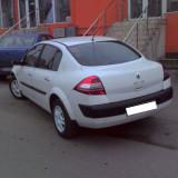 Dezmembrari Renault - Renault Megane 2 culoare alb, diesel 1.5 DCI 60 KW, motor tip k9k722