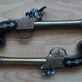 Pereche de pistoale de lupta, replica metalica de panoplie, model englezesc, sec.XVII-XVIII