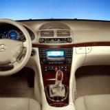 Mercedes E-Class W211, plansa bord crem, Mercedes-benz, E-CLASS (W211) - [2002 - 2008]
