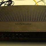 Adaptor wireless - Vand wireless upc model tc7200 sigilat cu manual de instalare+cd + incarcator si cablul de conectare