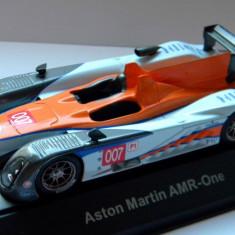 IXO ASTON Martin AMR-One LeMans 2011 1:43 - Macheta auto