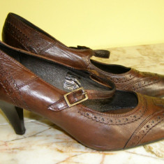 Pantofi dama piele marimea 38 locatie raft ( 6 / 4 ), Marime: 38, Maro
