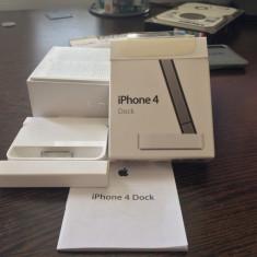 Apple Dock pentru iPhone 4/4S MC596ZM/B - Dock telefon