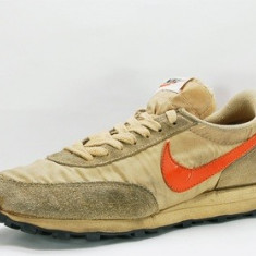 Adidasi Retro Nike Daybreak - Adidasi barbati Nike, Marime: 45, Culoare: Orange, Textil