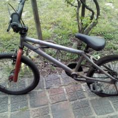 Bicicleta BMX - Vand Bmx / Bmx+dif pe iphone4