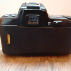Nikon F-601 AF - Aparat Foto cu Film Nikon