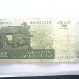 BANCNOTA - MADAGASCAR - 200 ARIARY (1000 FRANCS) 2004 - STARE SLABA