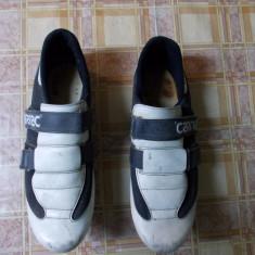 De Vanzare Adidasi/Papuci de Ciclism Sosea SPD Carnac Carbon Nr. 43-43.5, Incaltaminte