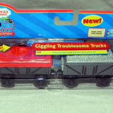 Thomas&Friends -Wooden- GIGGLING TROUBLESOME TRUCKS cu magnet si sunet - ( transport 3 RON la plata in avans ) - DE COLECTIE