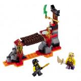 LEGO® Ninjago™ Cascada de lava - 70753