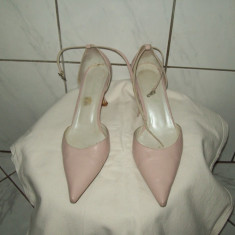 Pantofi ROBERTO G, Italia, din piele naturala, masura 37, eleganti