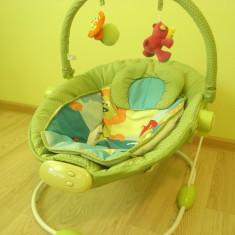 Leagan muzical cu vibratii Grand Confort - verde de la BABY MIX